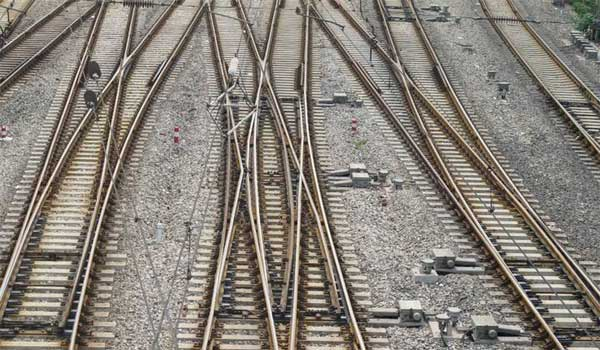 frog parts diagram what is a railway switch  simple  equilateral  three way  what is a railway switch  simple  equilateral  three way