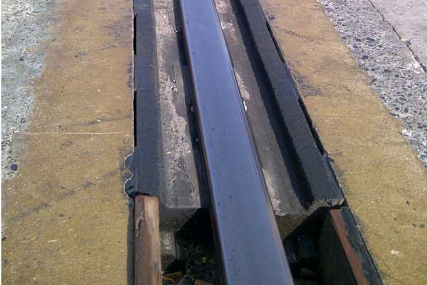rail rubber pad